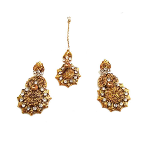 Gold-Plated-intricate-Jewelryset-with-mangtika-earrings