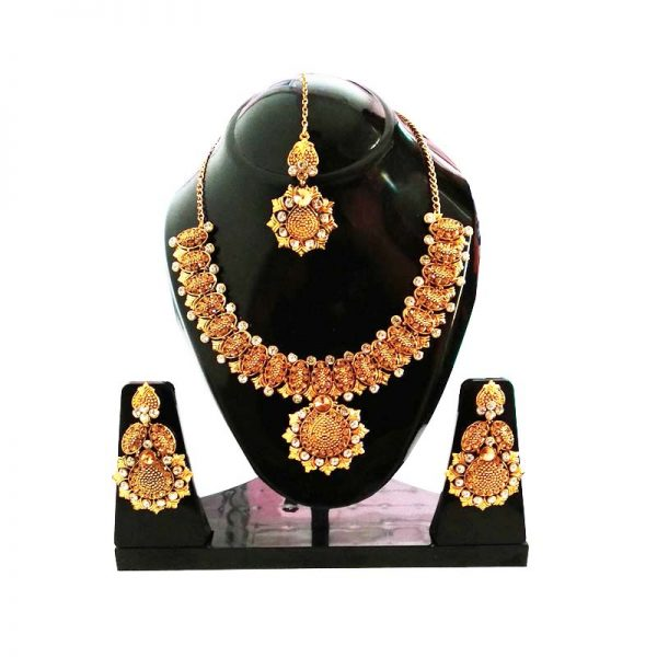 Gold Plated Perfect Intricate Necklace With Mangtika