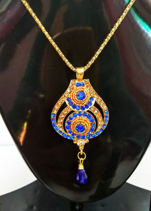 Royal-Blue-Pendant-with-Earrings-and-ring-set-closeup